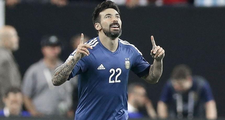 El Pocho Lavezzi confirmó su retiro del fútbol profesional