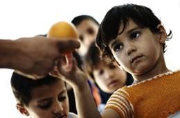 Dos de cada diez chicos argentinos tiene necesidades básicas insatisfechas