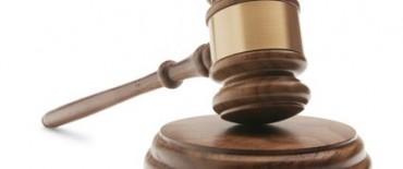 La Justicia ordenó a Scioli pagar el aguinaldo entero