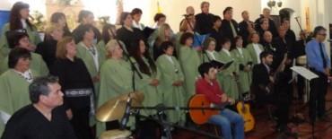 Actuación de nuestro coro en la zona
