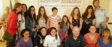 Alumnos locales participaron en Mar del Plata en las jornadas finales del concurso Cooperativo Pcial 2012 organizado por FEDECOBA