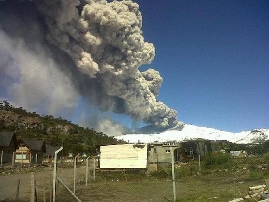 Neuquén se suma al alerta roja por el volcán Copahue