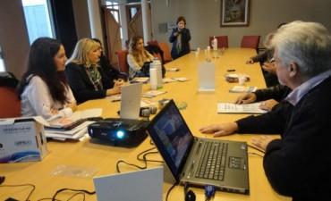 OFICINAS DE DEFENSA DEL CONSUMIDOR :Firmaron una denuncia contra Telefónica