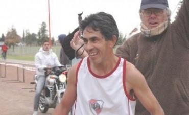"""Víctor Cotrón fue el ganador de los 21 kilómetros """"Ciudad de Junín"""""""