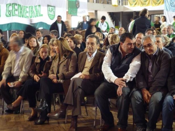 LOS TOLDOS: Capital Nacional de la mujer?