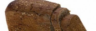 Pan negro: ¿engorda menos que el blanco?
