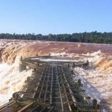 Cataratas del Iguazú: pasó el pico de la mega-creciente