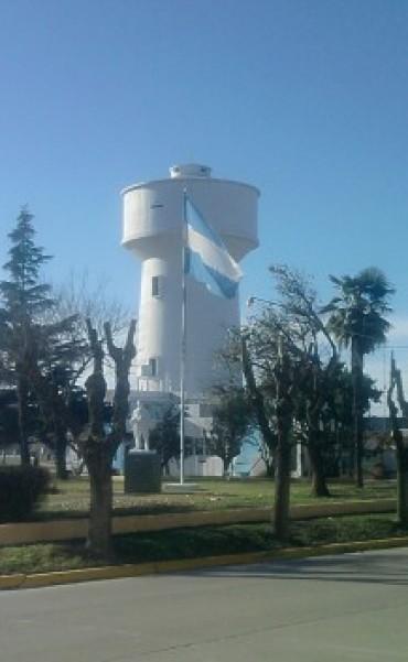 Continúan las obras en el caño maestro del tanque de agua de Absa